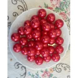 Perle d'huile de bain nacrées senteur FRAISE de couleur Rouge
