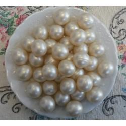 12 Perles d'huile de bain nacrées senteur COCO couleur Blanche