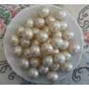 Perle d'huile de bain nacrées senteur COCO couleur Blanche