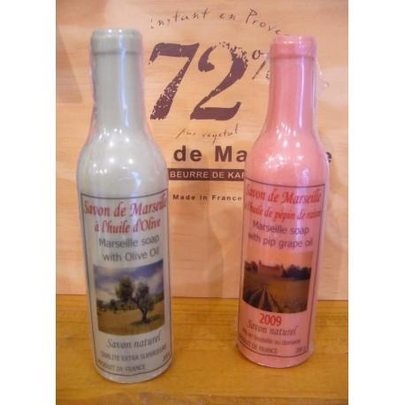 Savon de Marseille en forme de bouteille de vin ou d'huile d'Olive