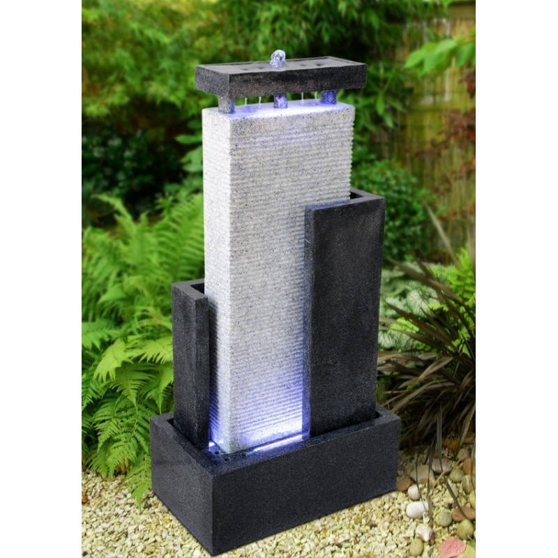 Grande fontaine de jardin niagara for Fontaines d interieur